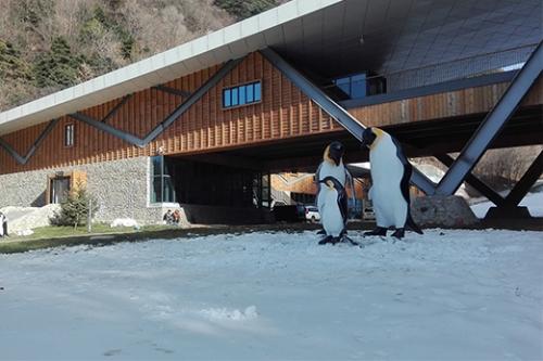 翠华山滑雪场雕塑